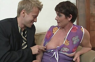 Old mom spreads her legs for hard cock.  xxx porn