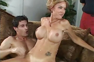 swinger sex: She Perform Better Infront Of Her Husband