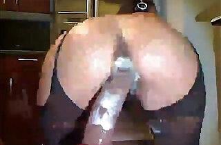 Dildo squirt.  xxx porn