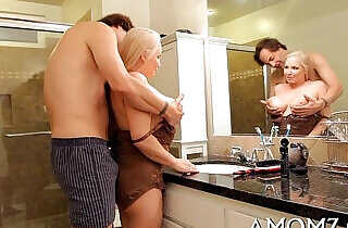 Mama shows off banging talents.  xxx porn