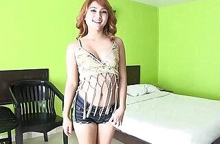 Pale white Thai girl meets pale white foreigner for bareback sex.  xxx porn
