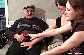 FFM Two french brunette sharing an old man cock of Papy Voyeur.  xxx porn