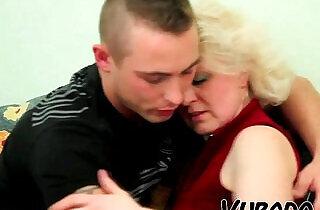 OLD BLONDE amateur MILF FUCKS her YOUNG DUDE !!.  xxx porn