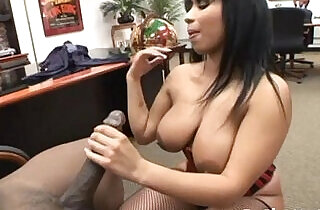 Black babe doing porn casting.  xxx porn