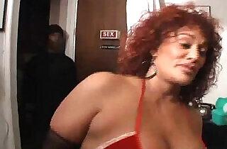 MILF,BIG TITS,BIG BOOTY,BIG CLIT,ANAL gina big ass booty girl.  xxx porn