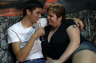 He bangs hot fat chick.  xxx porn