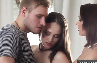 Young Sex Parties with bisexual coeds.  xxx porn