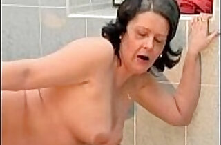 Nasty housewive gets cunt fucked.  xxx porn