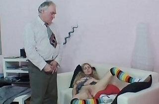 colegiala juguetona.  xxx porn