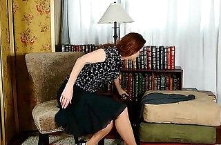 Business lady masturbates in pantyhose.  xxx porn