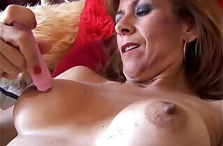 Gorgeous redhead is feeling horny.  xxx porn