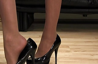 Mistress Anique high heels shoesteps.  xxx porn