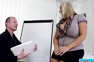 Krystal Swift fucks boss in the office.  xxx porn