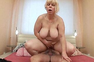 Anal loving grannies and milfs.  xxx porn