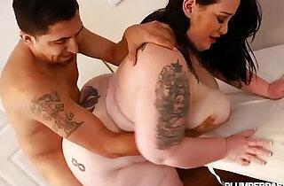 Big Booty BBW Glory Foxxx Loves Huge Cock.  xxx porn